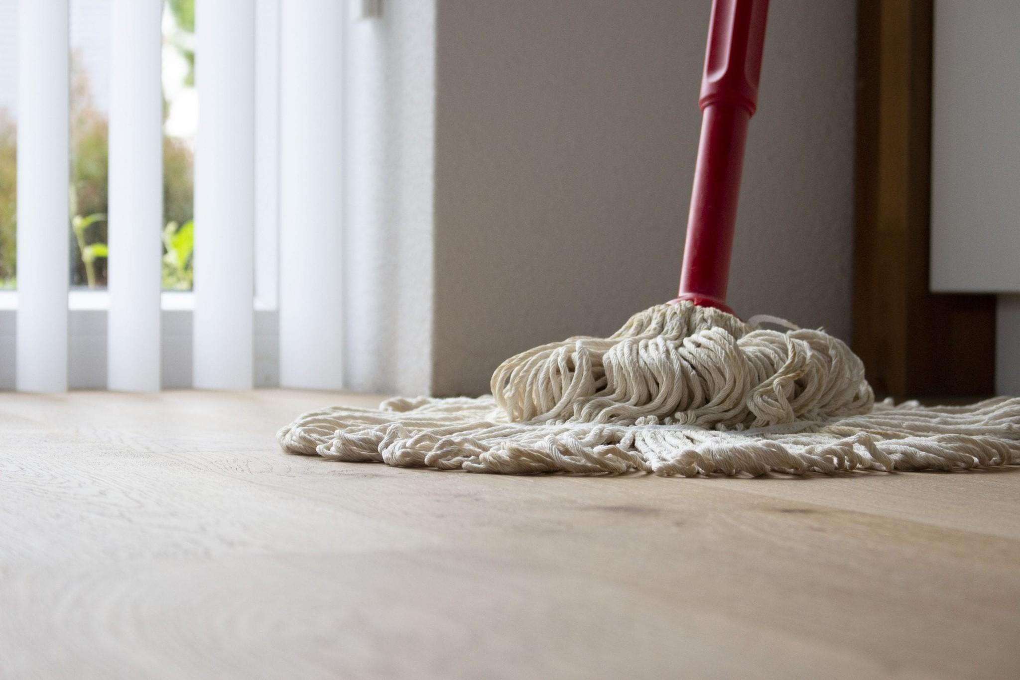 Intensieve reinigers voor houten vloeren