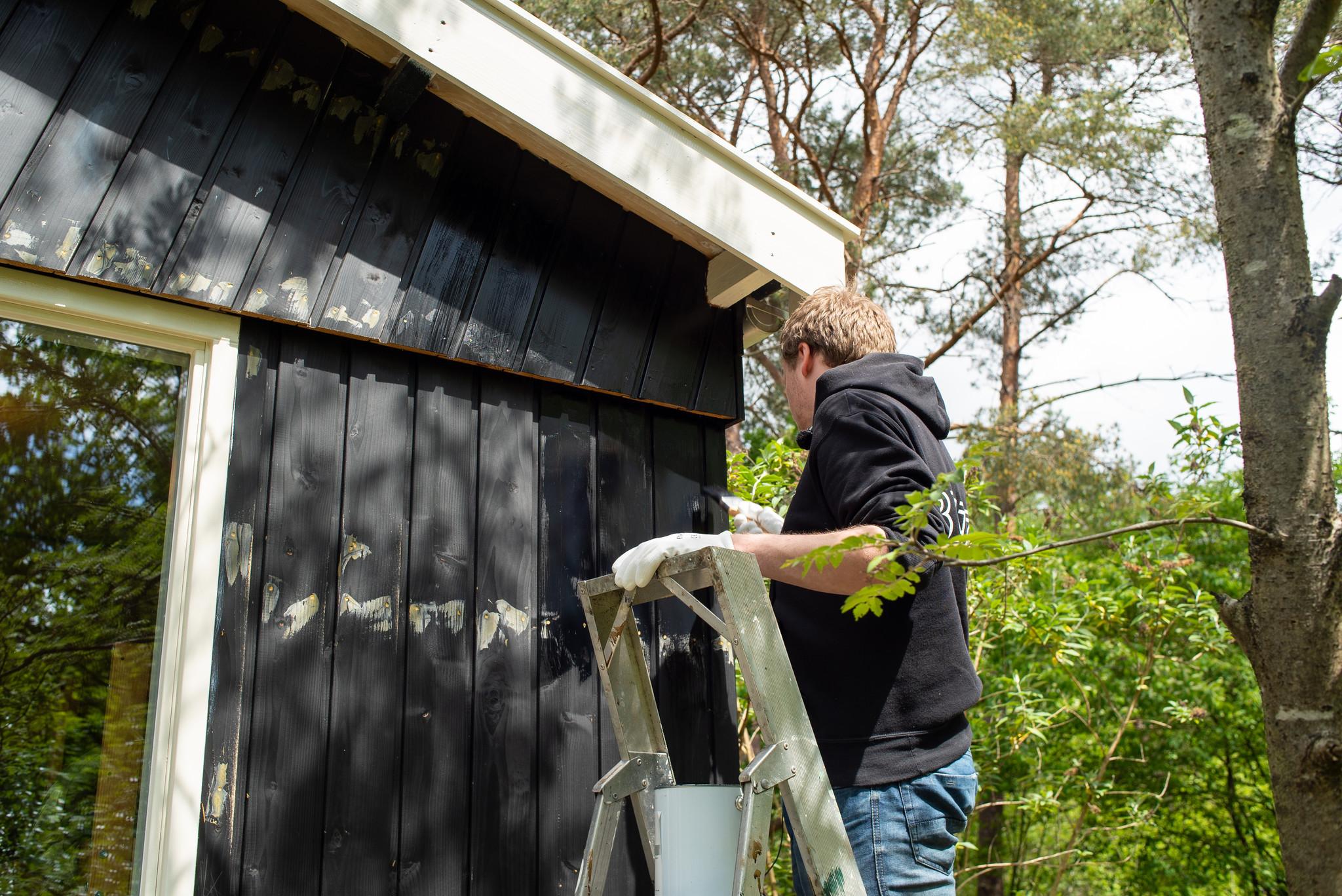 Beits en verf voor uw blokhut of tuinhuis