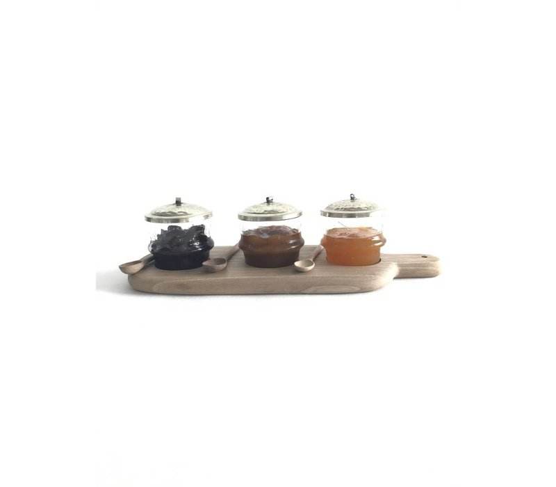 Serveerplankje walnoot met glazen potjes