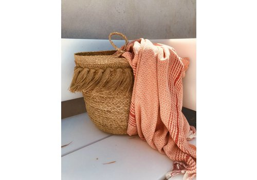 La Cabane de Stella Straw bag with fringes