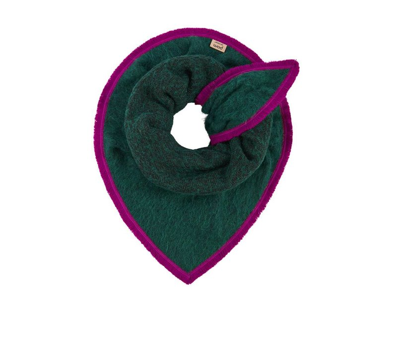 Pom Amsterdam shawl Fluffy Green
