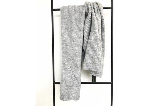 LesElles Knitwear LesElles Knitwear Sjaal Hélène lichtgrijs