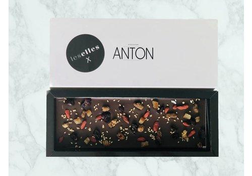 """LesElles X Anton Chocolade puur met goijo bessen """"Happiness"""""""