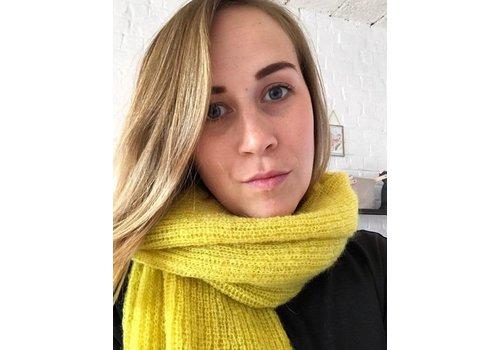LesElles Knitwear LesElles Knitwear Shawl Jille lemon zest