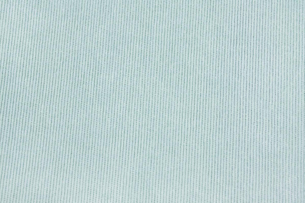 16 W Corduroy Licht Blauw