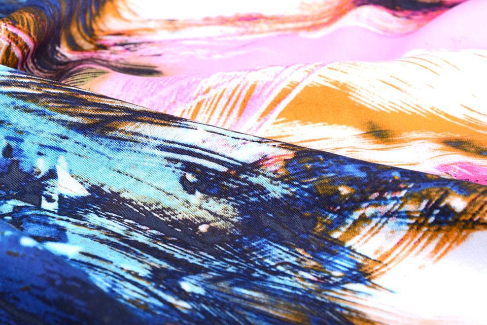 100% Viscose Digitaal Print Arti Roze Aqua