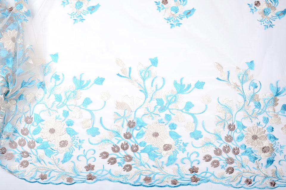 Netz bestickt Lilled Baby blau