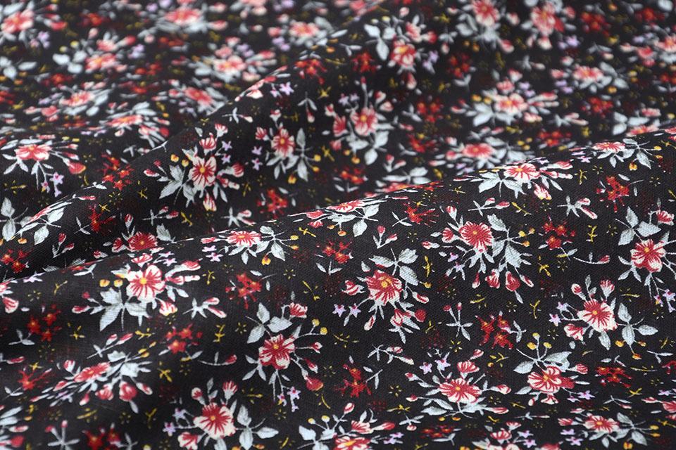 100% Baumwolle Blumendruck Hanna Schwarz