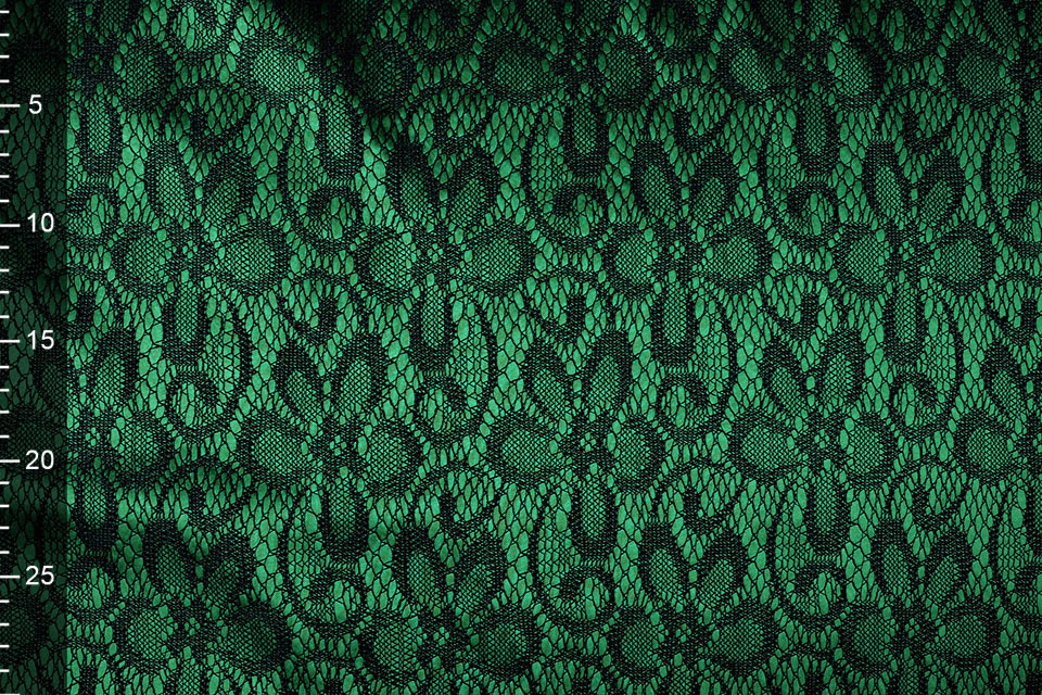 Kant op Charmeuse Groen