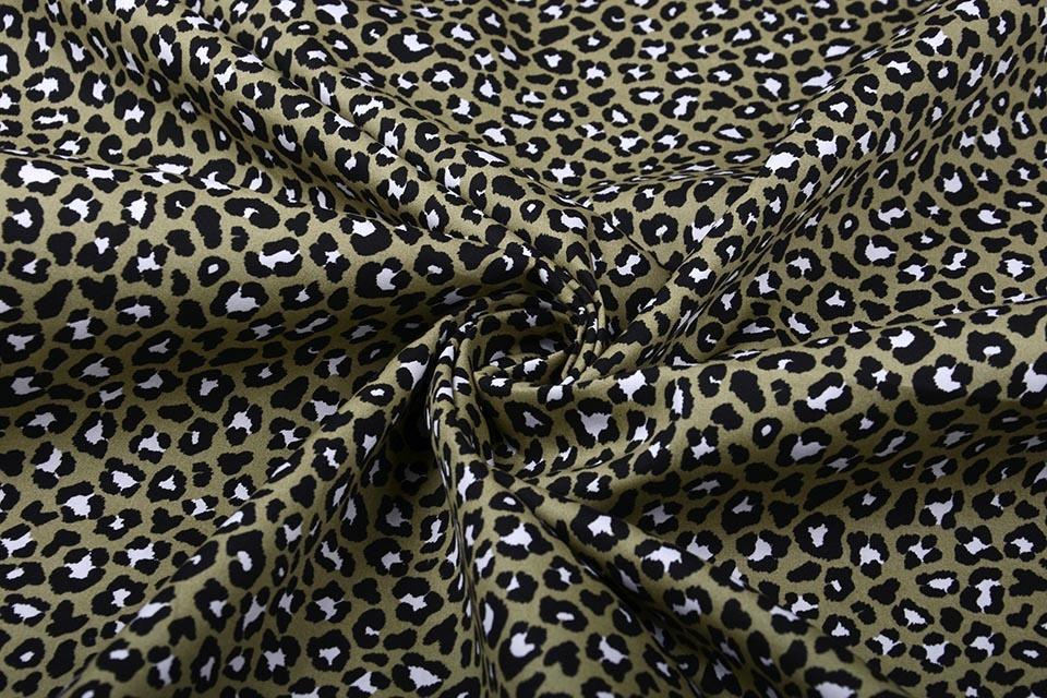 100% Baumwolle Pantherdruck Armeegrün
