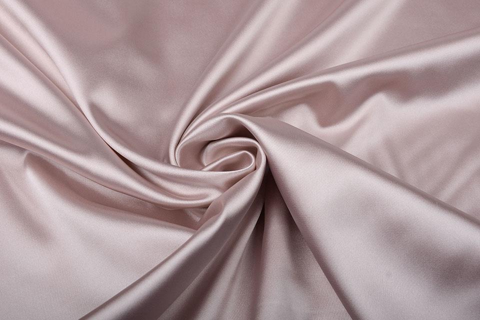 Stretch Satijn Poeder roze