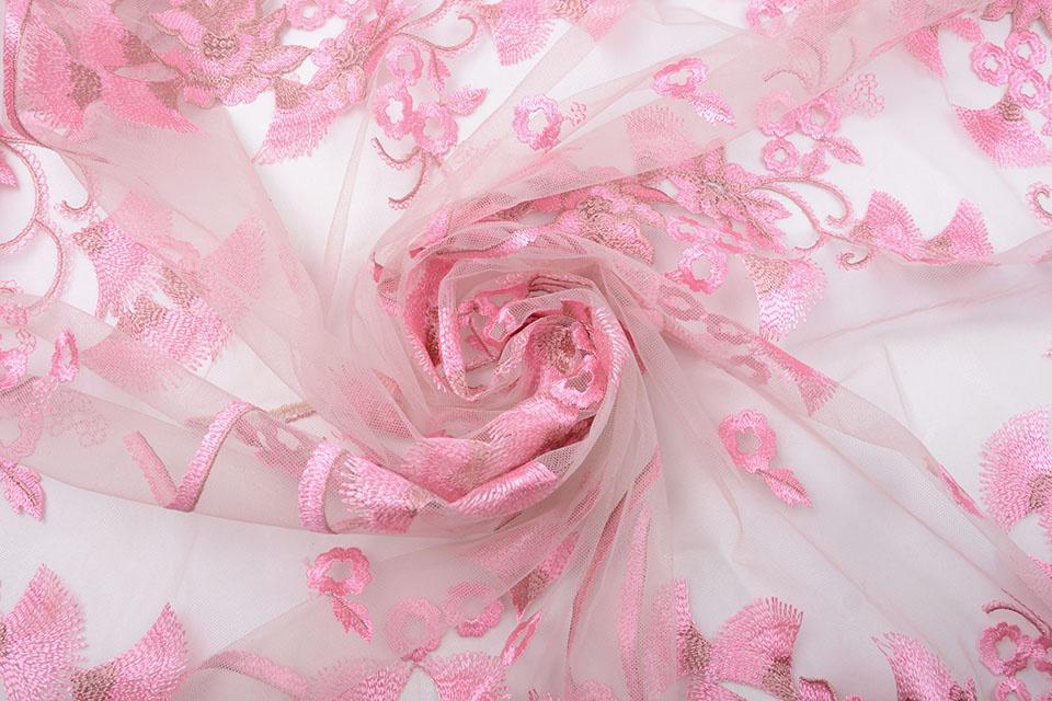 Mesh Geborduurd Kipas Roze