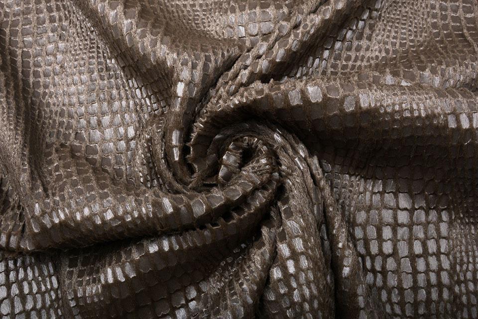 Fur Snake Foil Shiny Bruin
