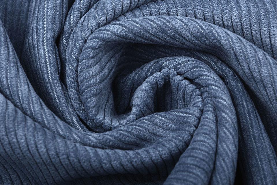 8 W Corduroy Jeans