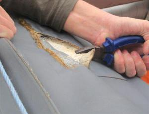 oude plakker verwijderen rubberboot