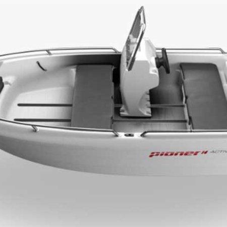 Pioner Pioner 14 met Torqeedo Cruise 4.0 elektrische buitenboordmotor
