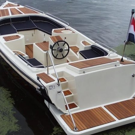 Gentle Gentle 710 elektrische sloep met Torqeedo Cruise 4.0