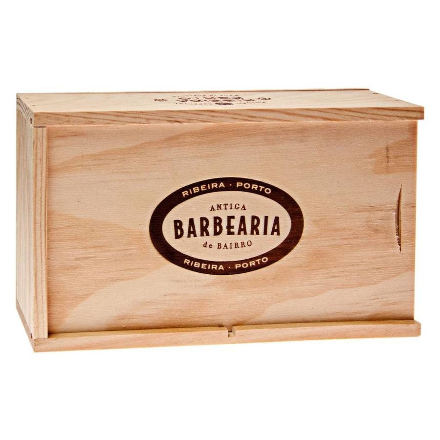 Antiga Barbearia de Bairro Ribeira scheerset in houten kistje-2