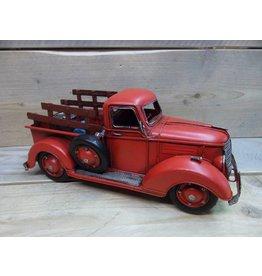 W.F. Peters Truck rood 32x14,5x15 cm