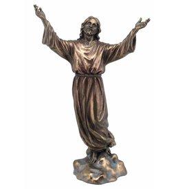 W.F. Peters Jezus staand Armen geheven 18x9x28,5 cm