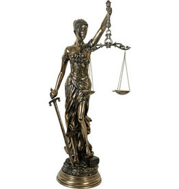 W.F. Peters Justitia staand bronskl. hg 80 cm