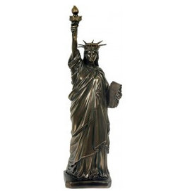 W.F. Peters Vrijheidsbeeld bronskl. hg 31 cm