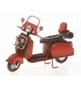 W.F. Peters Scooter rood 17 x 6,5 x 12 cm