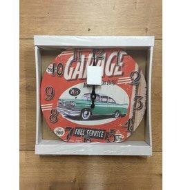 W.F. Peters Klok ''Garage full service''