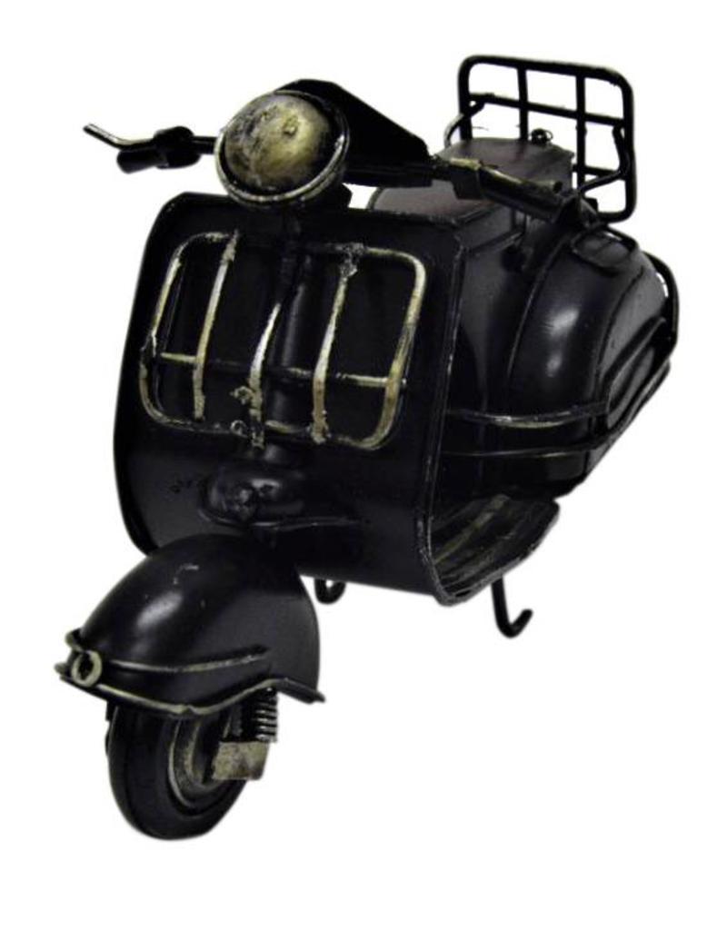 W.F. Peters Zwarte scooter 16 x 8 x 11 cm