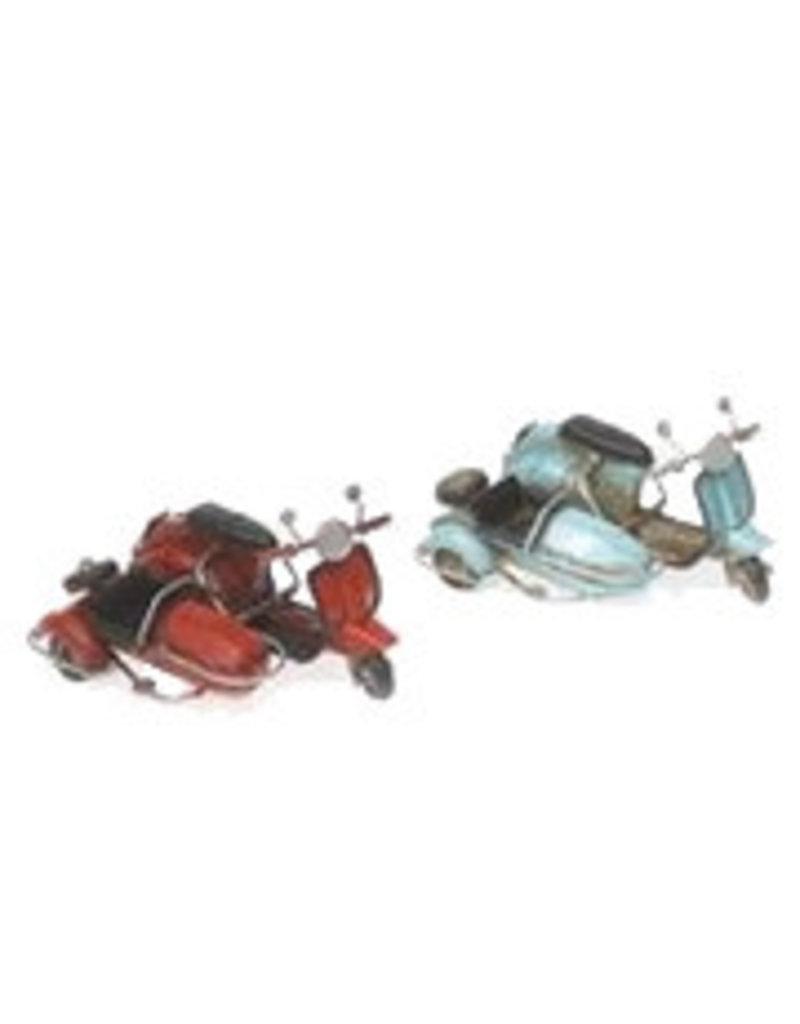 W.F. Peters Scooters met zijspan rood blauw 12 x 9 x 7 cm per set van 2 stuks