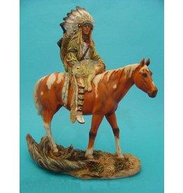 W.F. Peters indaan strijder op paard met wolf 28 cm