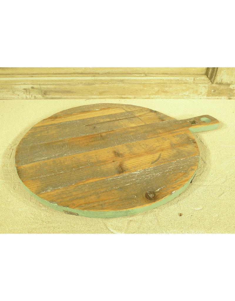 Dutch mood   Zaltii Houten ronde snijplank met groene rand 33x45x3.5 centimeter.