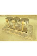 Dutch mood | Zaltii Houten tray met 3 (kruiden)potjes, 32x17x12 centimeter.