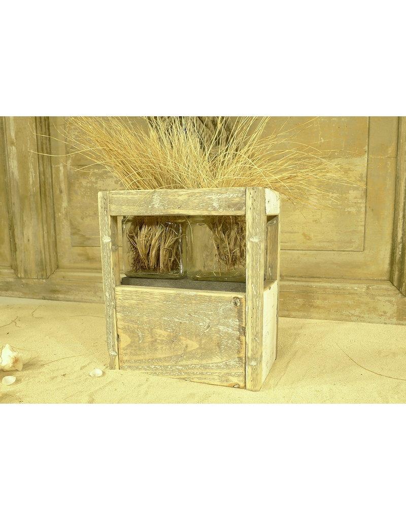 Dutch mood | Zaltii Windlicht met 2 glazen, 14 x 14 x 27 centimeter, gemaakt van hout.