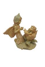 H.Originals Elfje met baby uit bloem 12 X 13  CM 1 assortiment