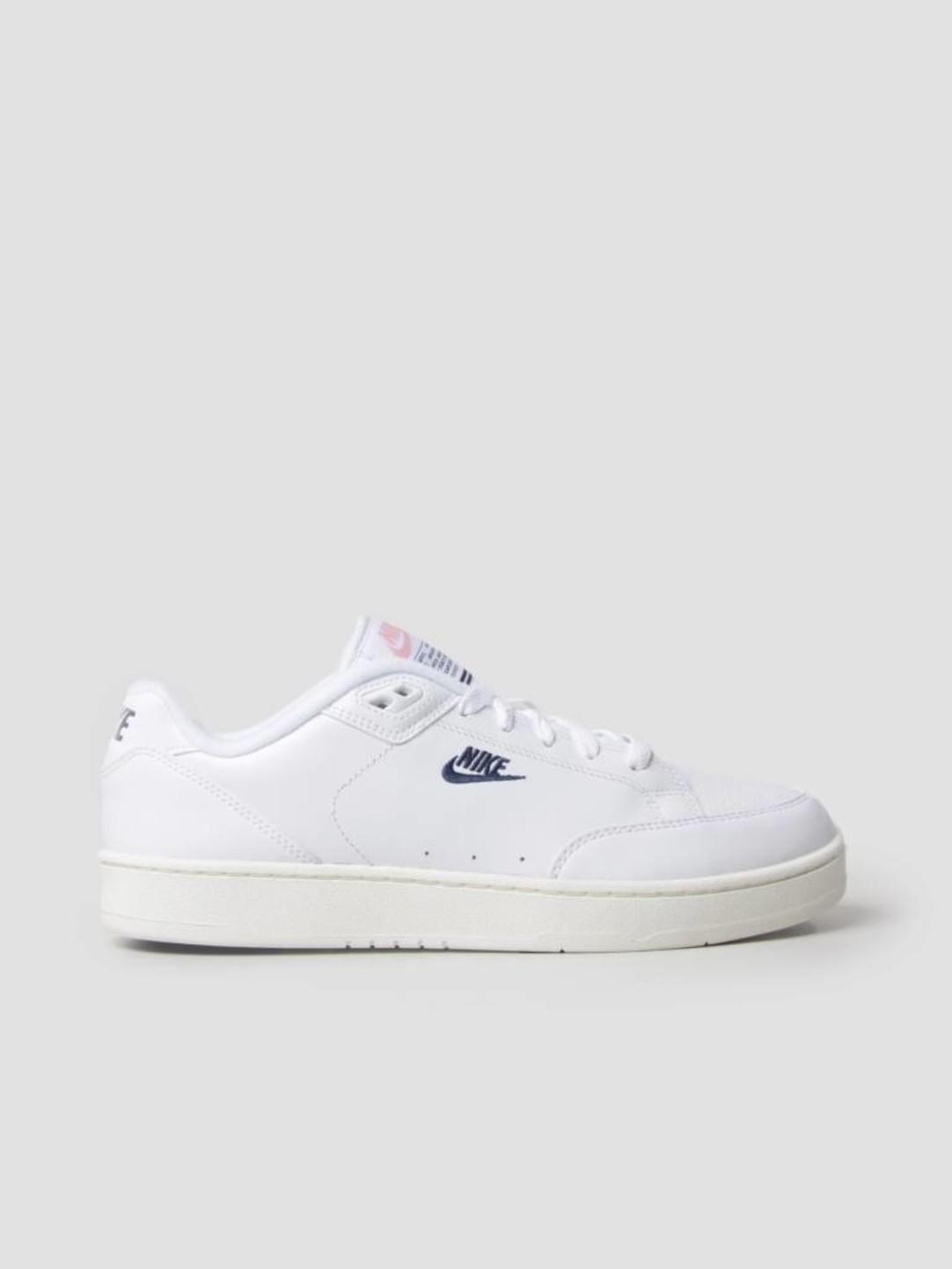 Nike Nike Grandstand II White Navy Sail Arctic Punch AA2190-100