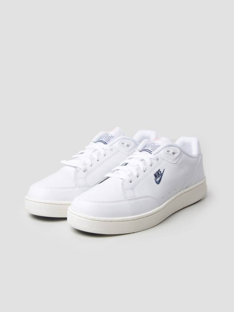new styles 25d53 d5a27 Nike Nike Grandstand II White Navy Sail Arctic Punch AA2190-100