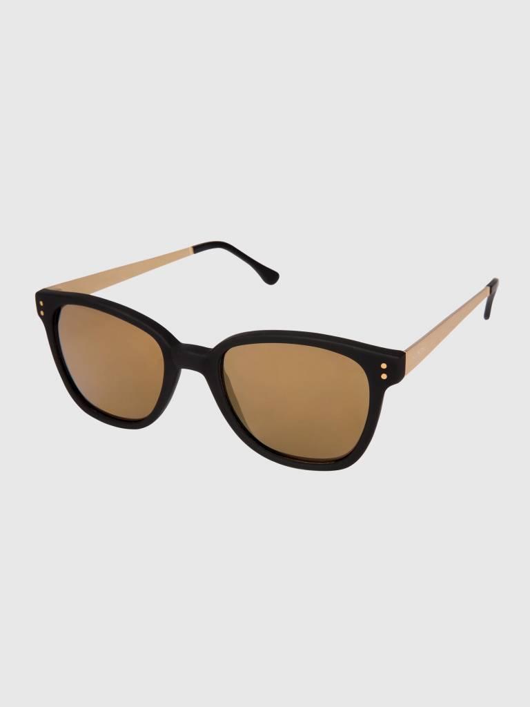 Komono Komono Renee Sunglasses Metal Black/Gold Kom-S1716
