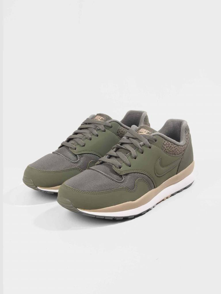 Nike Nike Air Safari Medium Olive Medium Olive-Desert-Sail 371740-201