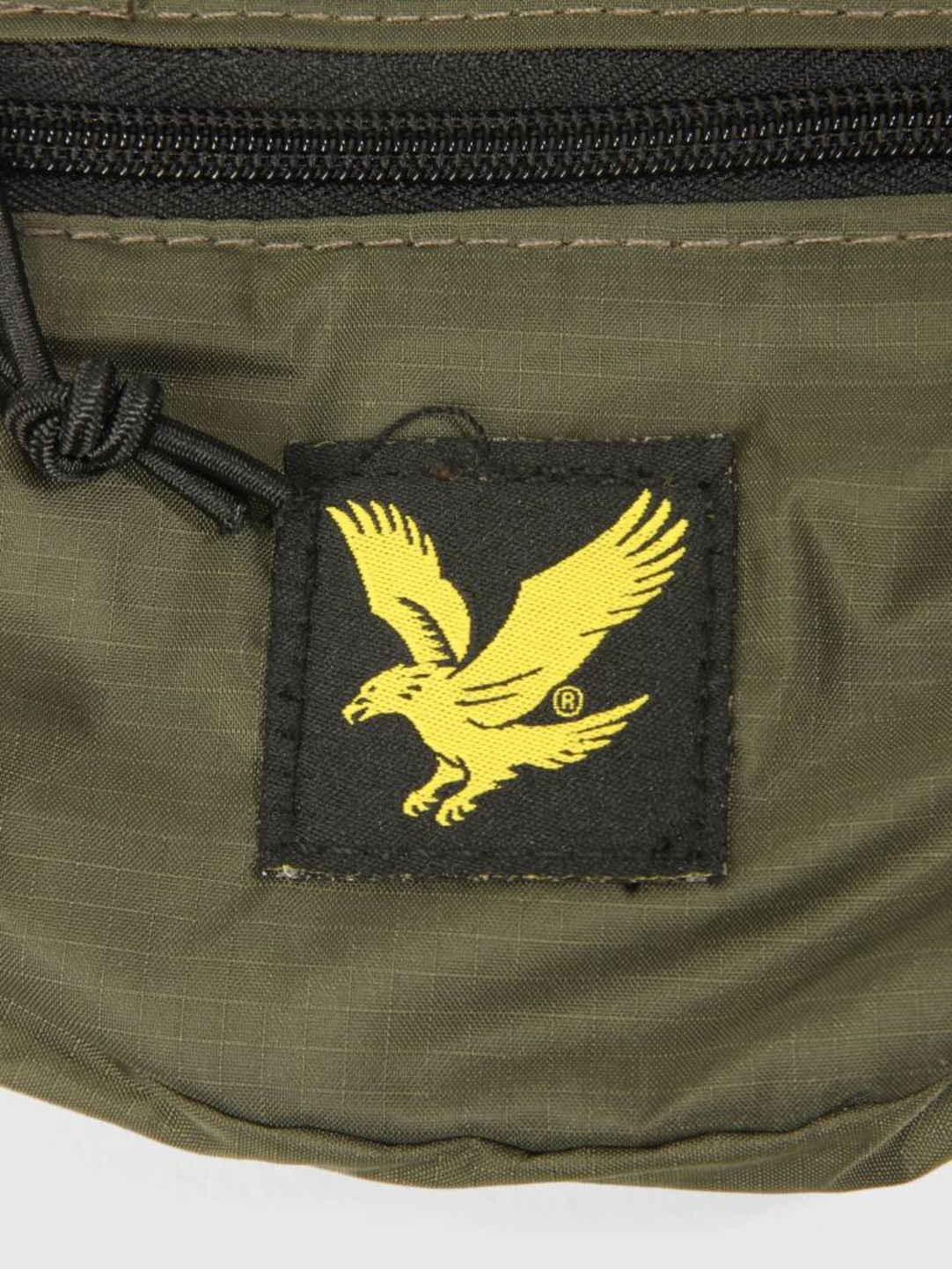 Lyle and Scott Lyle and Scott Core Utility Bag Woodland Green BA903A