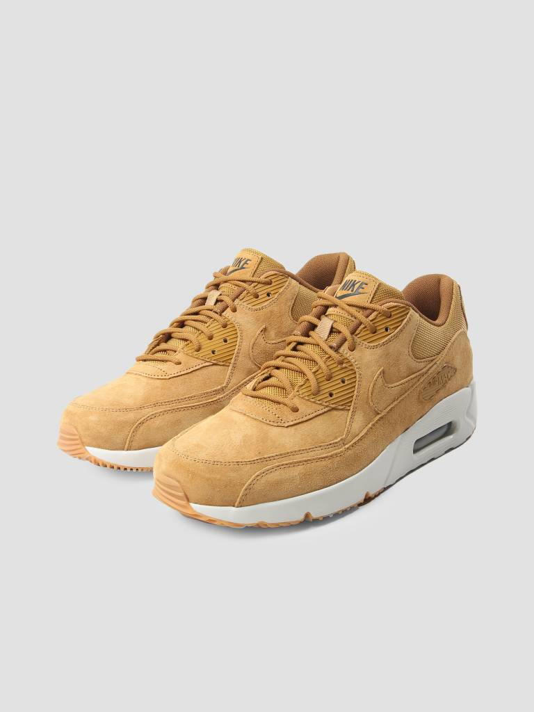 separation shoes a4920 b6a5d Nike Nike Air Max 90 Ultra 2.0 Ltr Shoe Wheat Wheat Light Bone Gum Med Brown