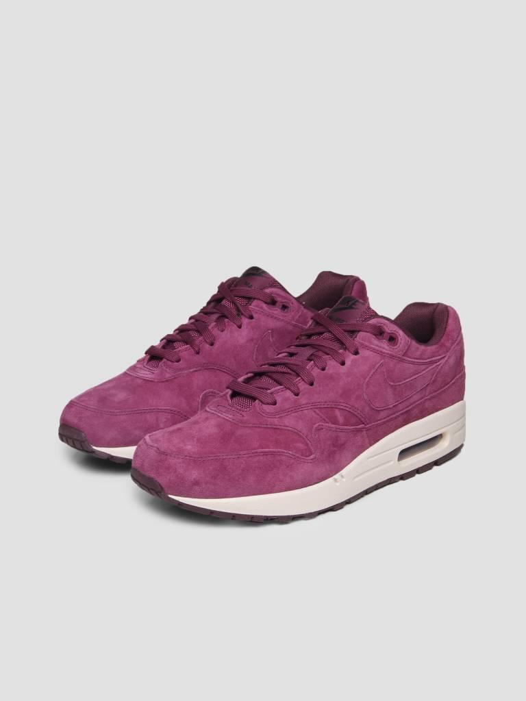huge selection of e028d 25de0 Nike Nike Air Max 1 Premium Shoe Bordeaux Bordeaux Desert Sand 875844-602