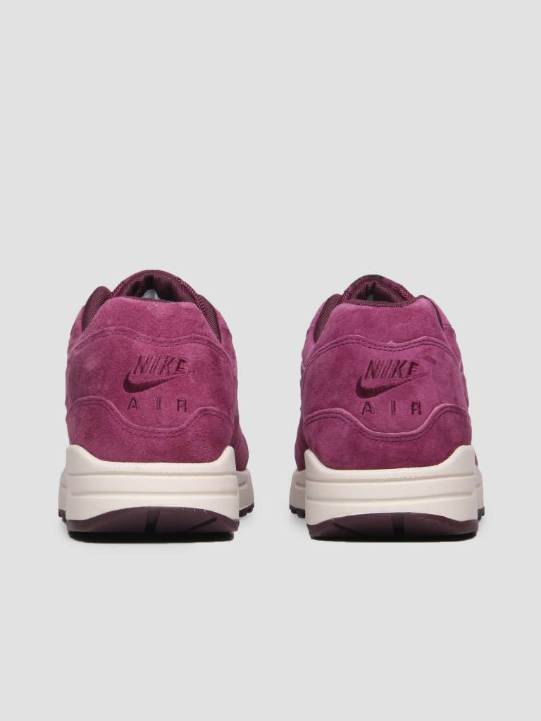huge selection of 6c9c6 fde48 Nike Nike Air Max 1 Premium Shoe Bordeaux Bordeaux Desert Sand 875844-602