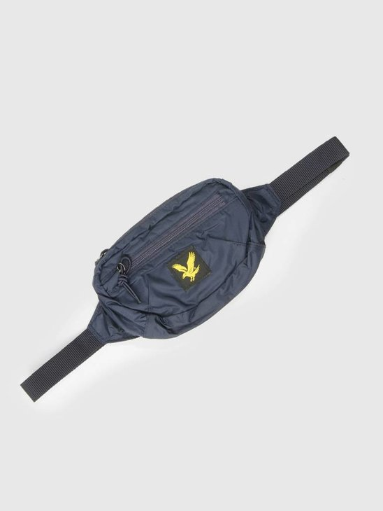 Lyle and Scott Core Utility Bag Navy BA903A