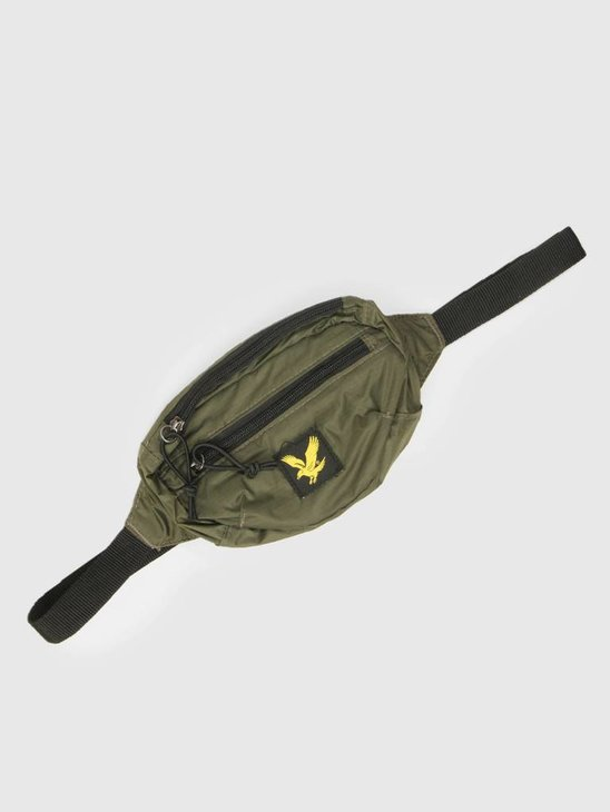 Lyle and Scott Core Utility Bag Woodland Green BA903A