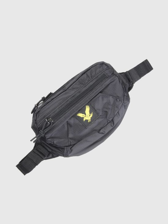 Lyle and Scott Core Utility Bag True Black BA903A