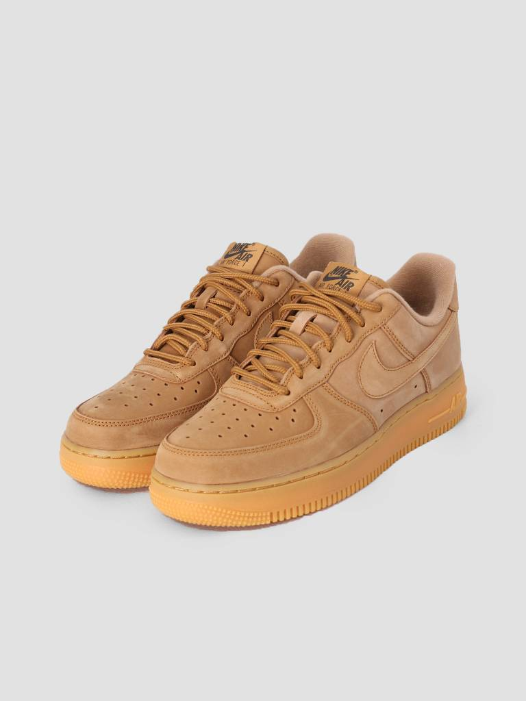 220586ee4057 Nike Nike Air Force 1  07 Wb Shoe Flax Flax Gum Light Brown Outdoor Green