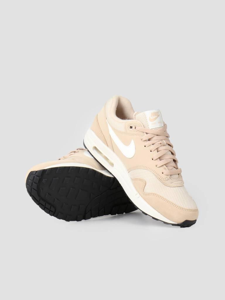 best website 11e14 43e92 Nike Nike Air Max 1 Shoe Desert Ore Sail Sail Black Ah8145-202