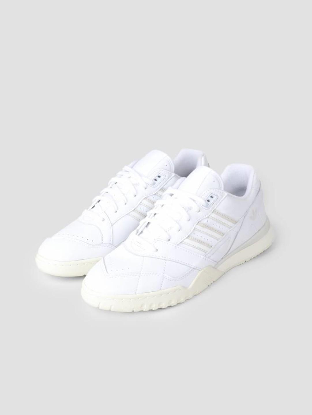 adidas adidas A.R. Trainer Ftwwht Rawwht Owhite CG6465