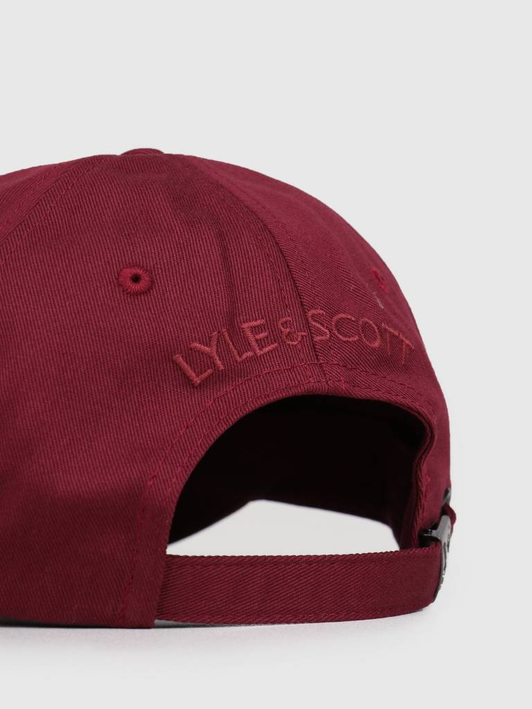 Lyle and Scott Lyle and Scott Baseball Cap 477 Claret Jug HE906A